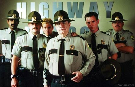 Movie Review Land: SUPER TROOPERS