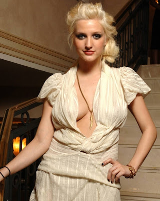 Ashlee Simpson  Hot singer