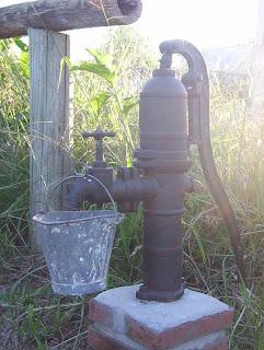 Bomba de agua manual