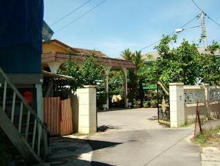 nik yae's house