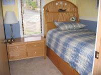 Dormitorios muy peque os como decorar una habitacion muy for Cuarto 3x3 metros