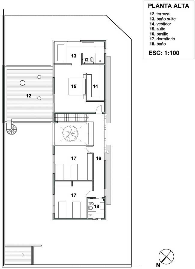 Plano de vivienda unifamiliar en esquina de 220 m2 en un for Planos para viviendas