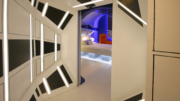 DORMITORIO NAVE ESPACIAL DORMITORIO GALACTICO EXTREME MAKEOVER HOME EDITION BOYS BEDROOMS STARSHIP ROOM via www.dormitorios.blogspot.com