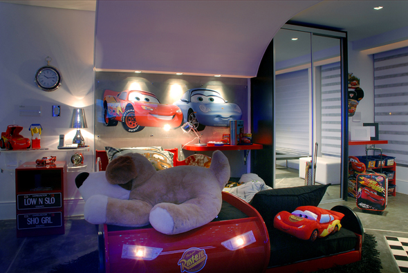 Dormitorio rayo mcqueen cars for Cuartos decorados rayo mcqueen