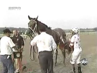 第140回ベルモントステークス(GⅠ、ベルモントパーク競馬場、ダート2400m)デザーモが下馬