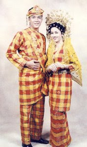 Pakaian+Adat+Riau6