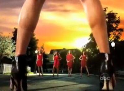 Desperate Housewives estreia nos EUA no dia 26 de Setembro e no Brasil, é  transmitido pelo canal de TV paga Sony Entertaiment . Confira a seguir o  teaser ... e98a00c3a1
