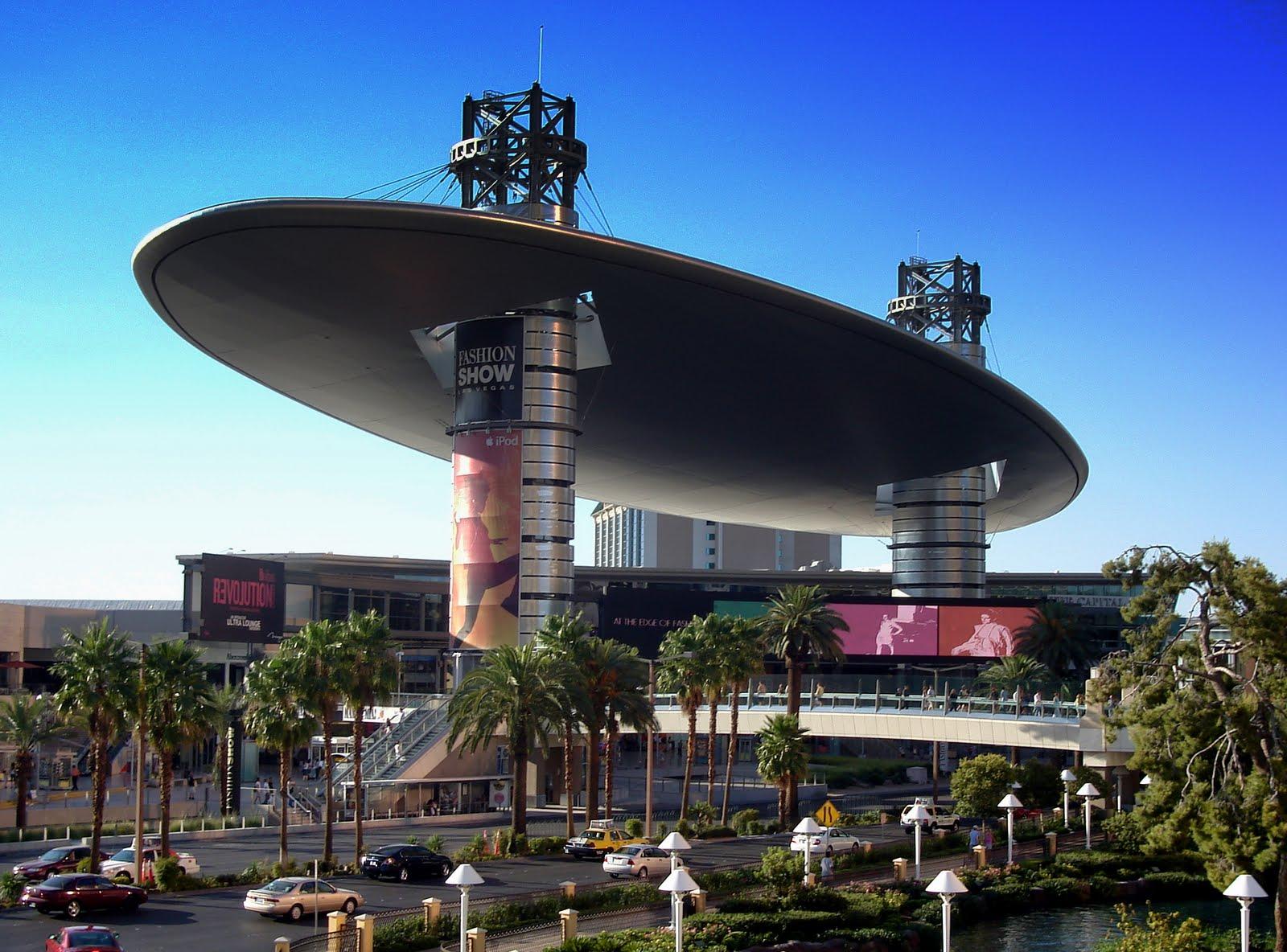 Fashion Show Mall Las Vegas Nevada Usa 2007