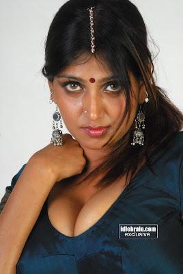 Hot Indian Masala Actress Bhuvaneswari Sexy Pics Gallery