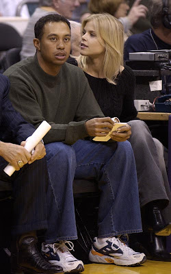 Elin Nordegren Back In With Tiger