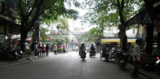 Streetlife in Hanoi, Vietnam in 1997