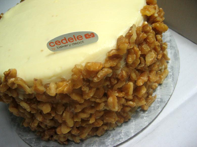 Carrots N Cake Big