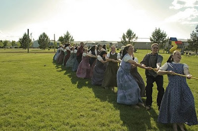 a comparison of the hutterites and the zuni people There are over 50,000 people in north america who define themselves as hutterites, though you probably have never met one one of the main branches of the anabaptists, hutterites live in self-sustaining communities throughout the rural northwestern united states and canada the history of the.