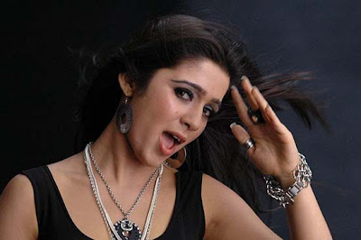 hot-sexy-desi-tamil-telugu-actress-charmi-charmy-opening-mouth