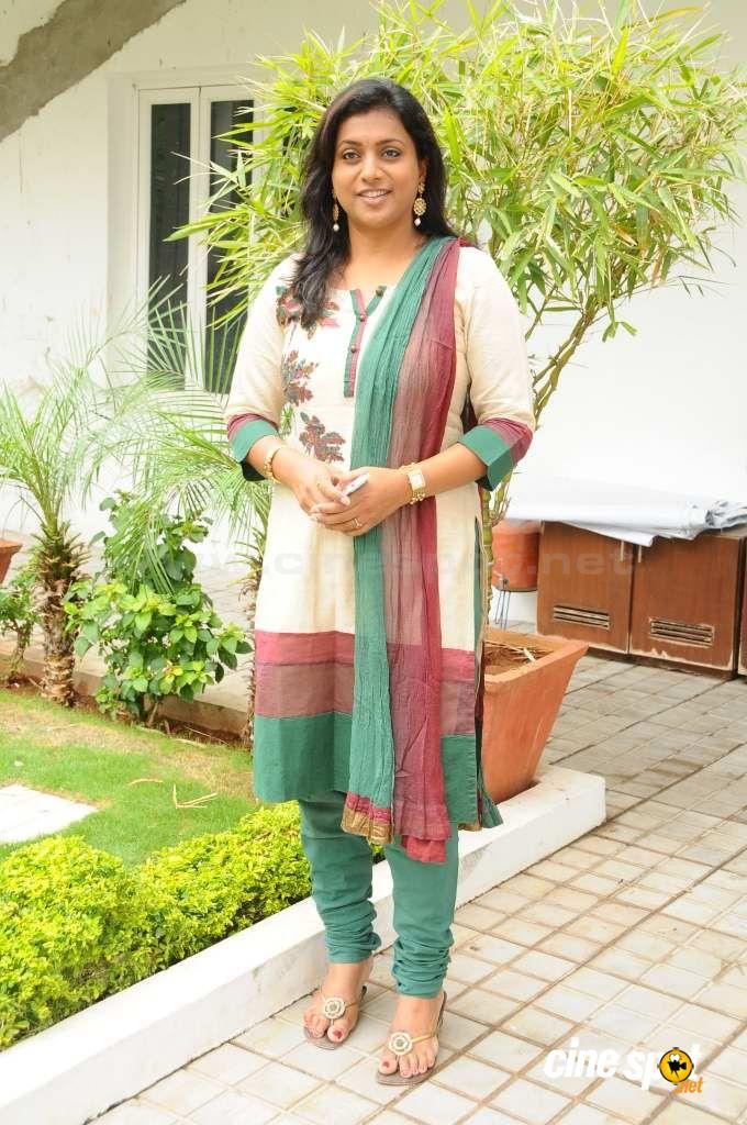 Mamta kulkarni hot songs bollywood movie dilbar title song - 4 2