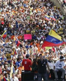 Marcha de estudiantes por el NO