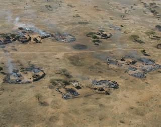 DARFUR: pueblos incendiados