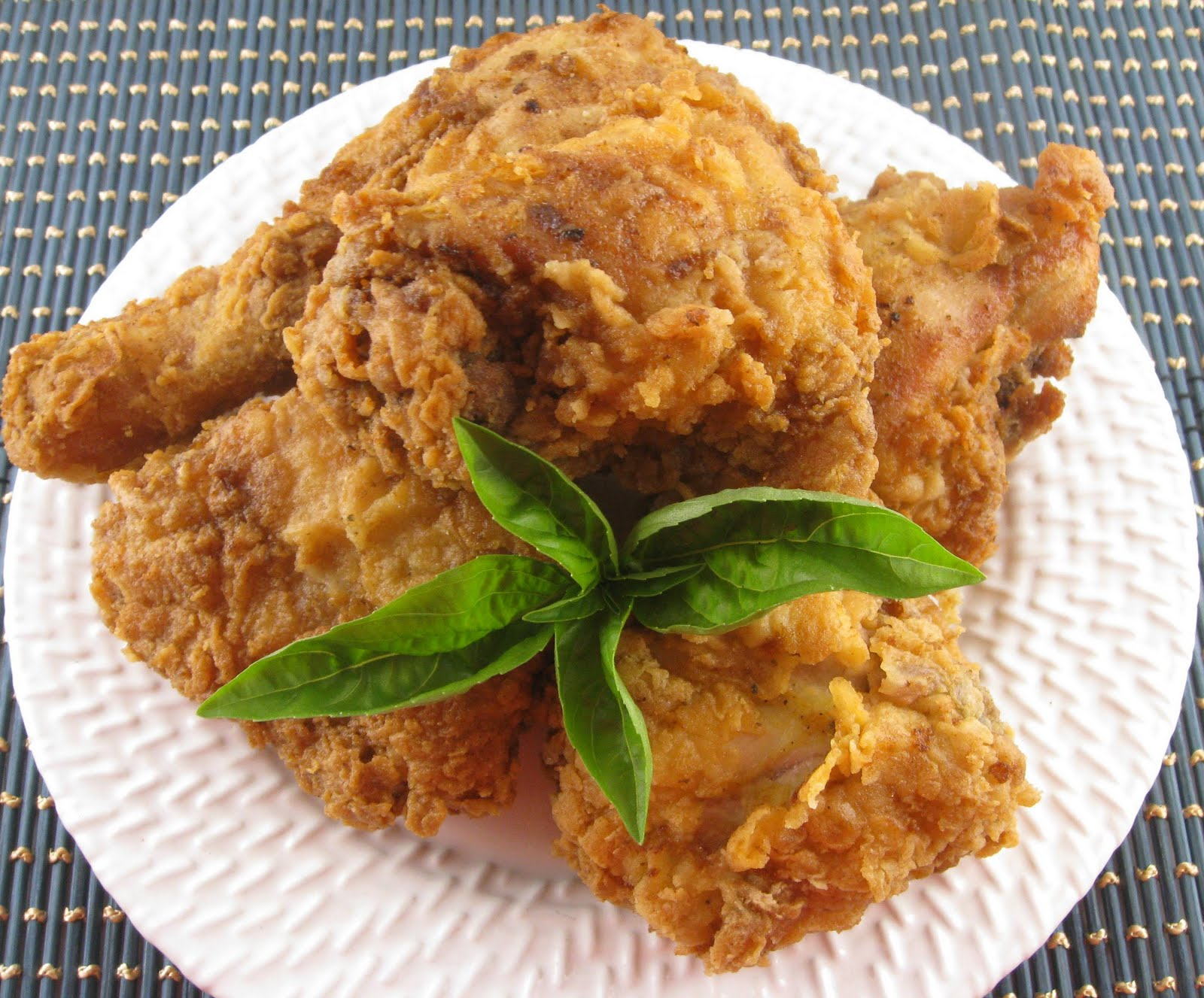 Traditional Southern Fried Chicken - I Heart Recipes  |Southern Cooking Fried