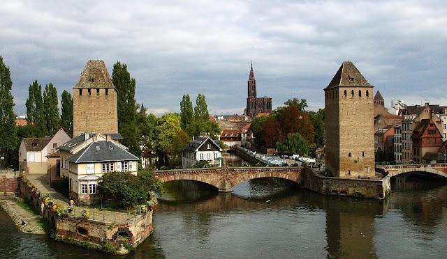 Ponte na cidade de Strasbourg