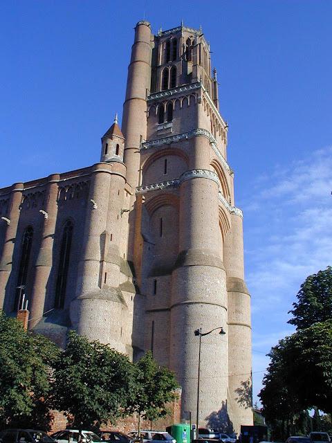 Alb, catedral fortaleza