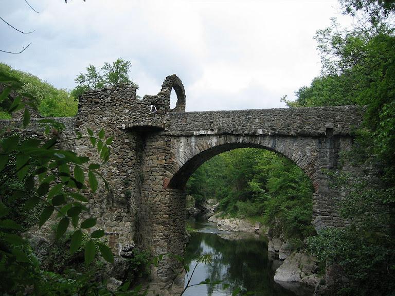 A Ponte do Diabo, Montoulieu