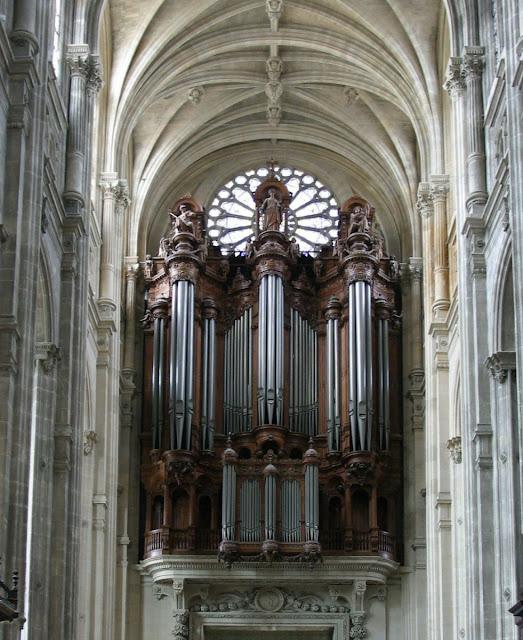 Órgão da igreja de Santo Eustáquio em Paris