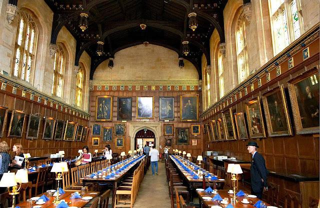 Refeitório da Universidade de Oxford, Inglaterra