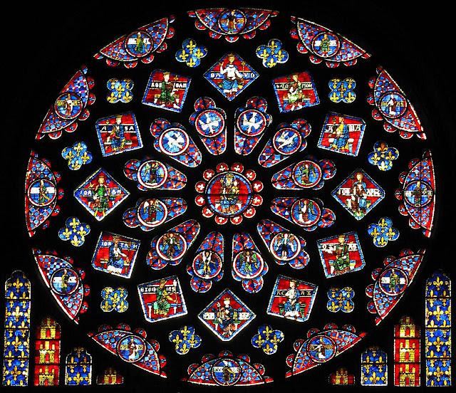 Rosácea da catedral de Chartres, França