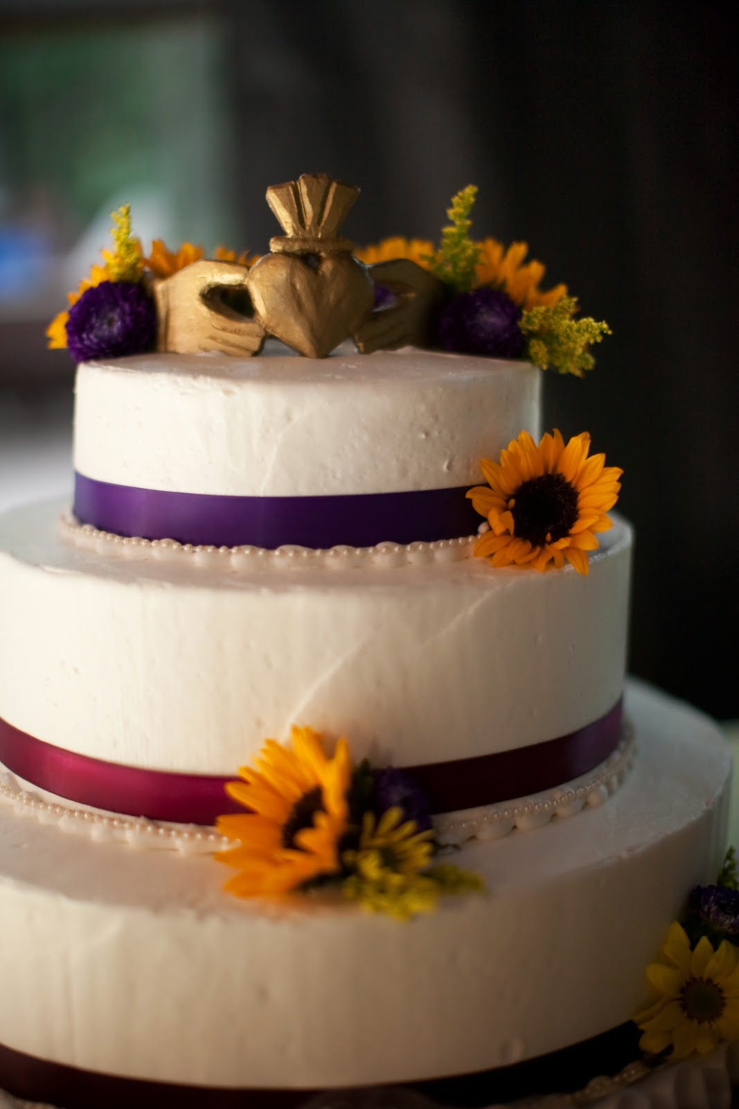 Dollar Store Weddings And Events Have Your Cake And Eat
