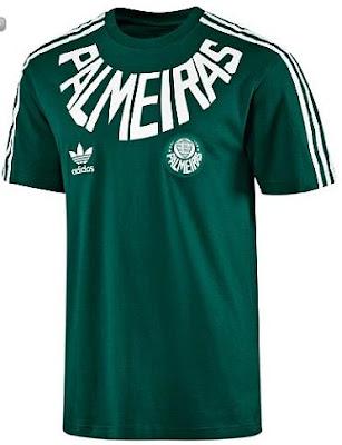 O Eduardo Picado conseguiu a foto da outra camiseta que está sendo vendida  na coleção da Adidas Originals (já falamos neste post). É a Palmeiras tee 43e0345bdb9d6