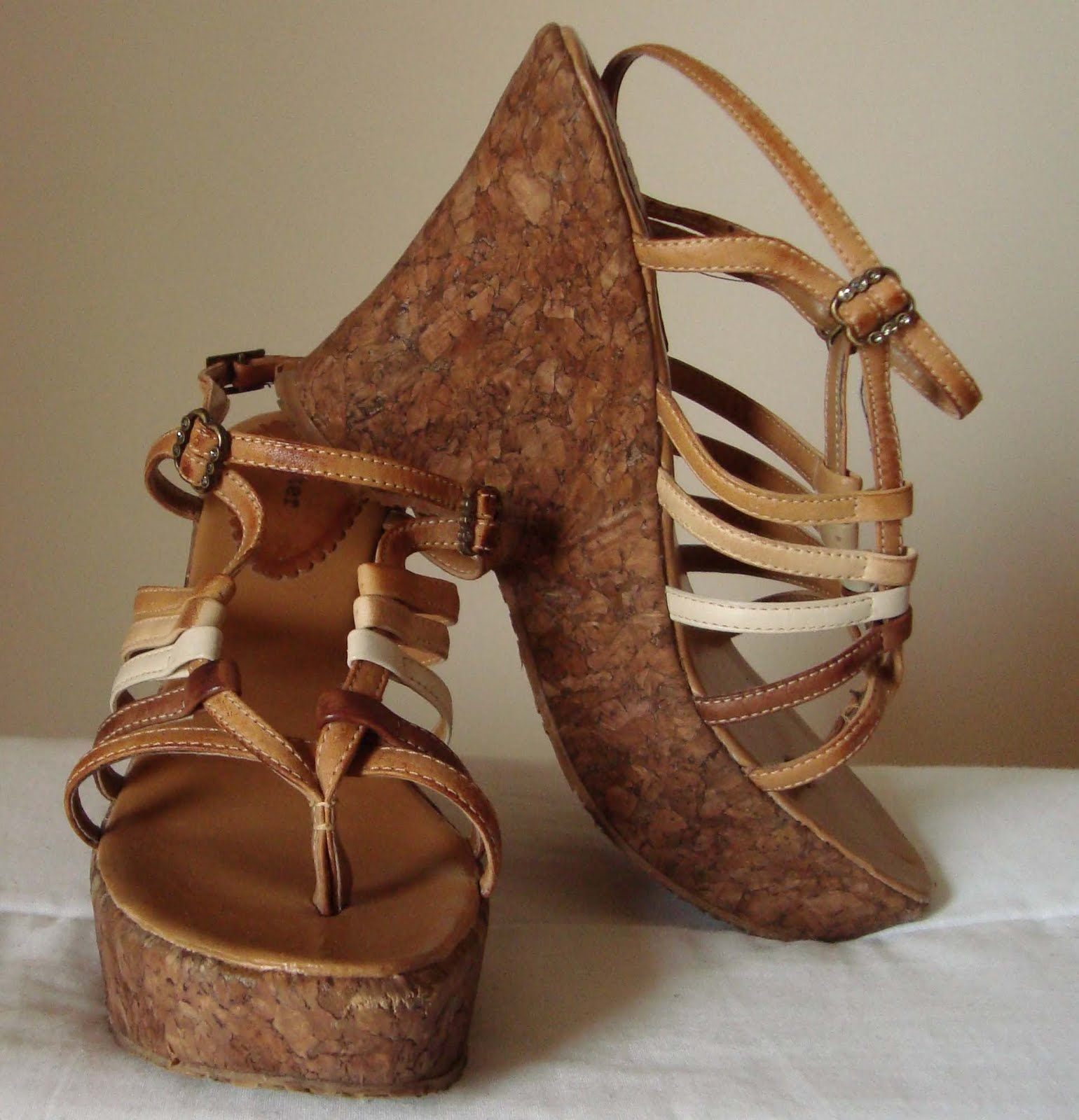 dab857acae We love shoes! Troca de sapatos.  Novembro 2009