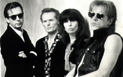 pretenders121212121212 THE PRETENDERS: 2000 Miles (Christmas Flashback)