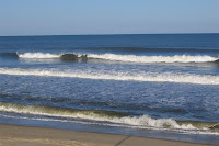 clean surf in Nags Head - click to enlarge