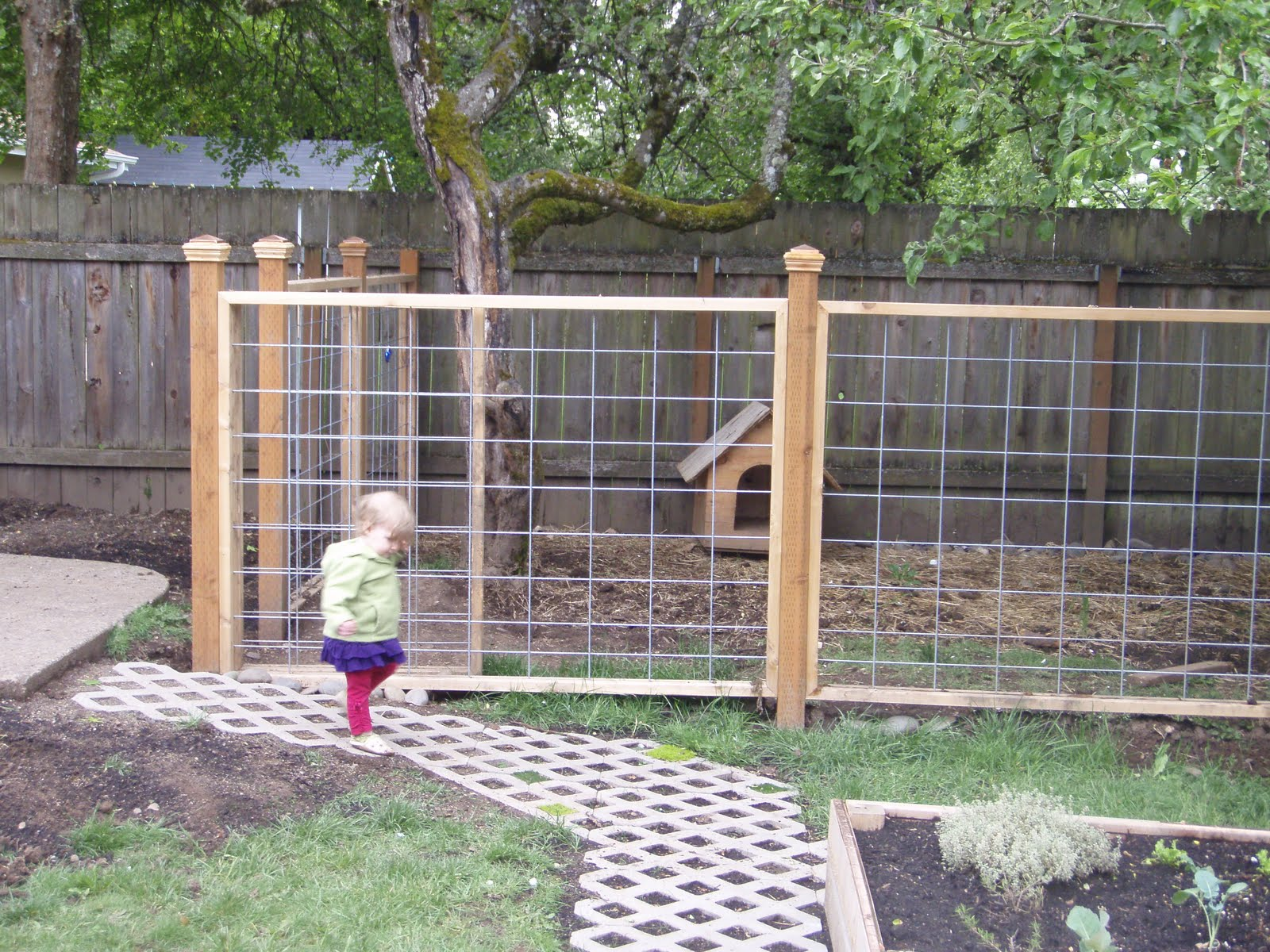 Mommy And Sweet Pea Make A Blog End Of May And The Garden