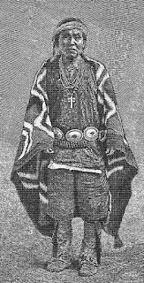 Índio Navajo e seus ornamentos em prata