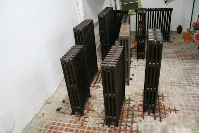 la page de maguelone r novation radiateurs fonte suite i gave my cast iron radiators a 2d life. Black Bedroom Furniture Sets. Home Design Ideas
