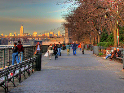 Brooklyn Heights Promenade - Attraction - Columbia Heights & Middagh St, Brooklyn, NY, 11201, US