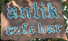 mübi ve yaşar'ın antik cafe-bar'ı