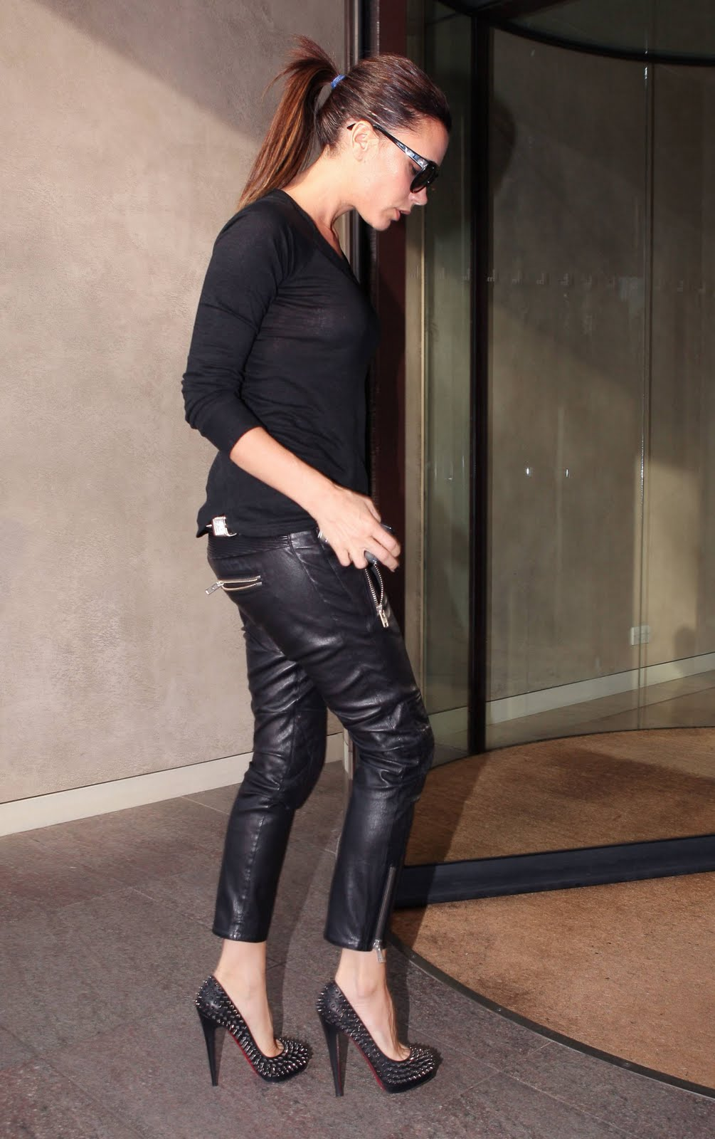 The Toe Cleavage Blog Sing It S Victoria Beckham