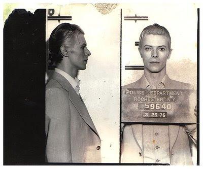 Resultado de imagen para David Bowie es arrestado