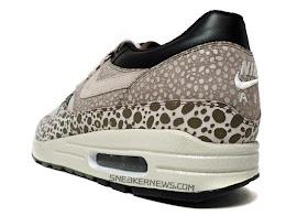 Barón A tientas responsabilidad  Nike Air Max 1: Nike Air Max 1 Premium SP - Pale Grey - Black - Safari Print