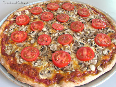 Extra Mushroom, Garlic and Fresh Tomato Pizza