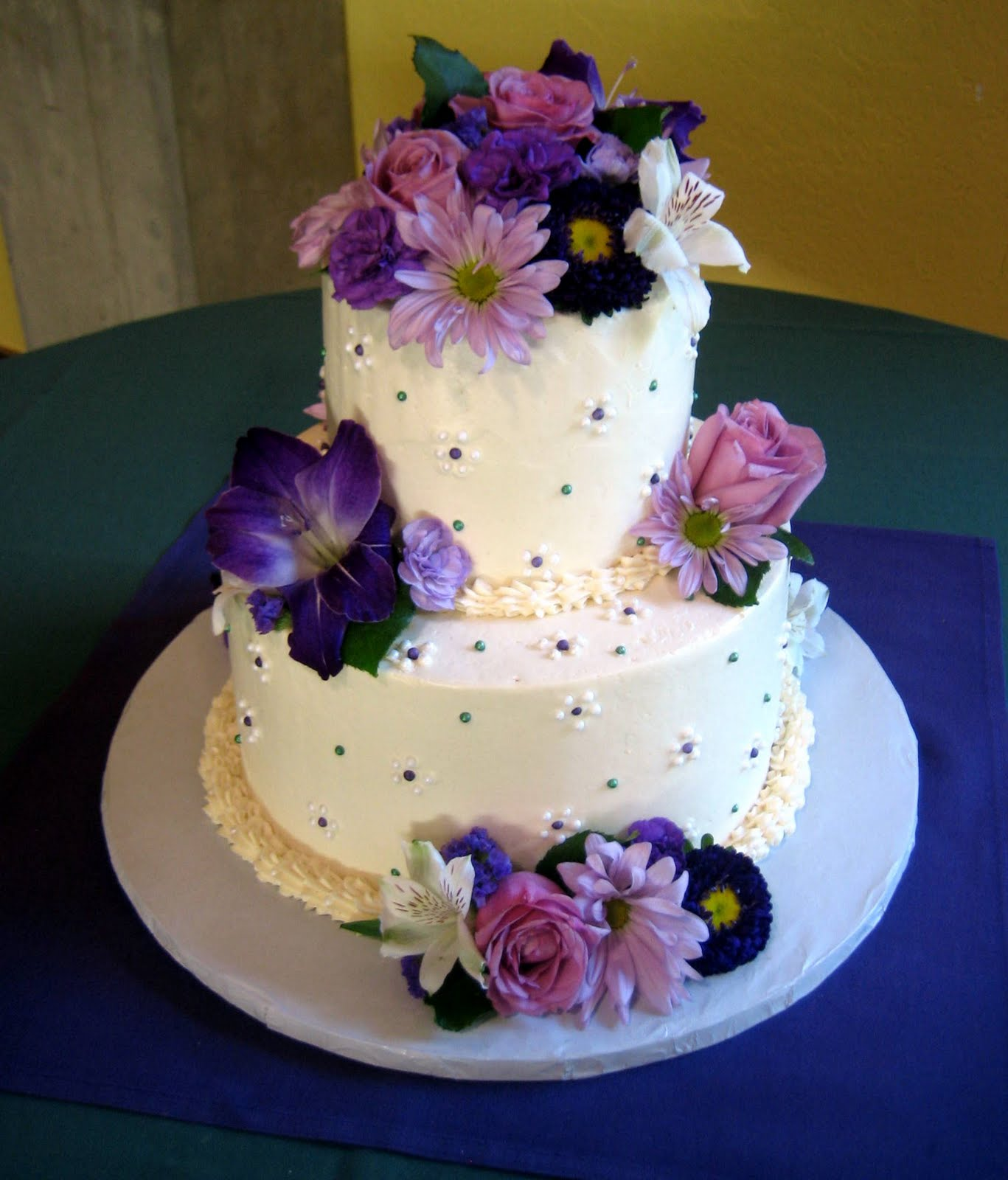 Purple Weddings Ideas: Jillicious Discoveries: Three Purple Wedding Cakes