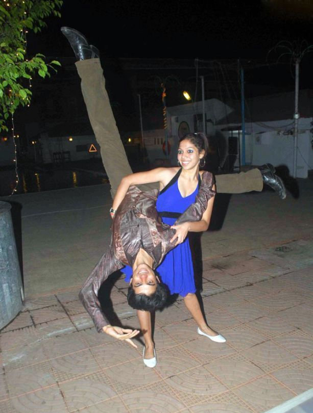 new year 2011 liquids pub party hyderabad photos pictures