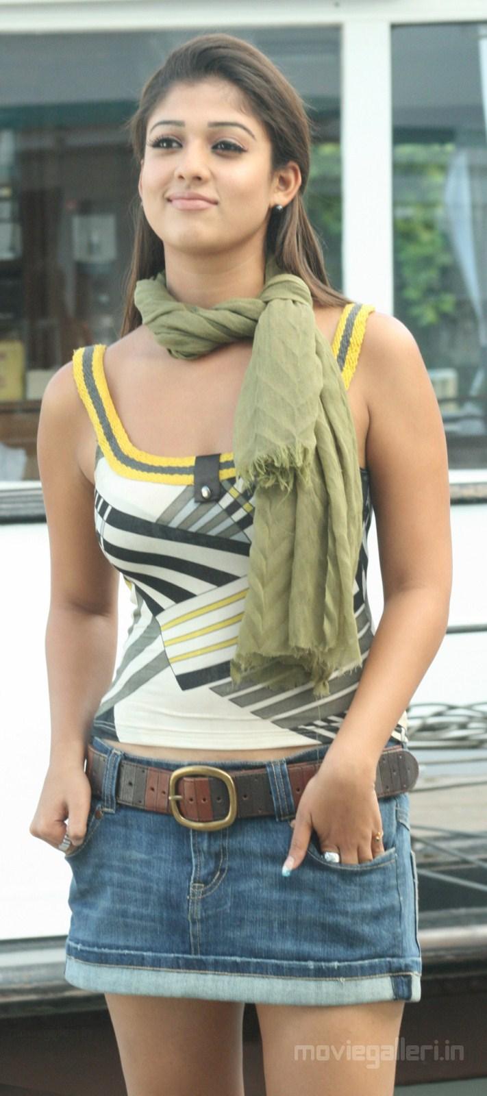 Nayanatara Cute Wallpapers Nayanthara New Hot Photos Yama Kantri Movie New Movie