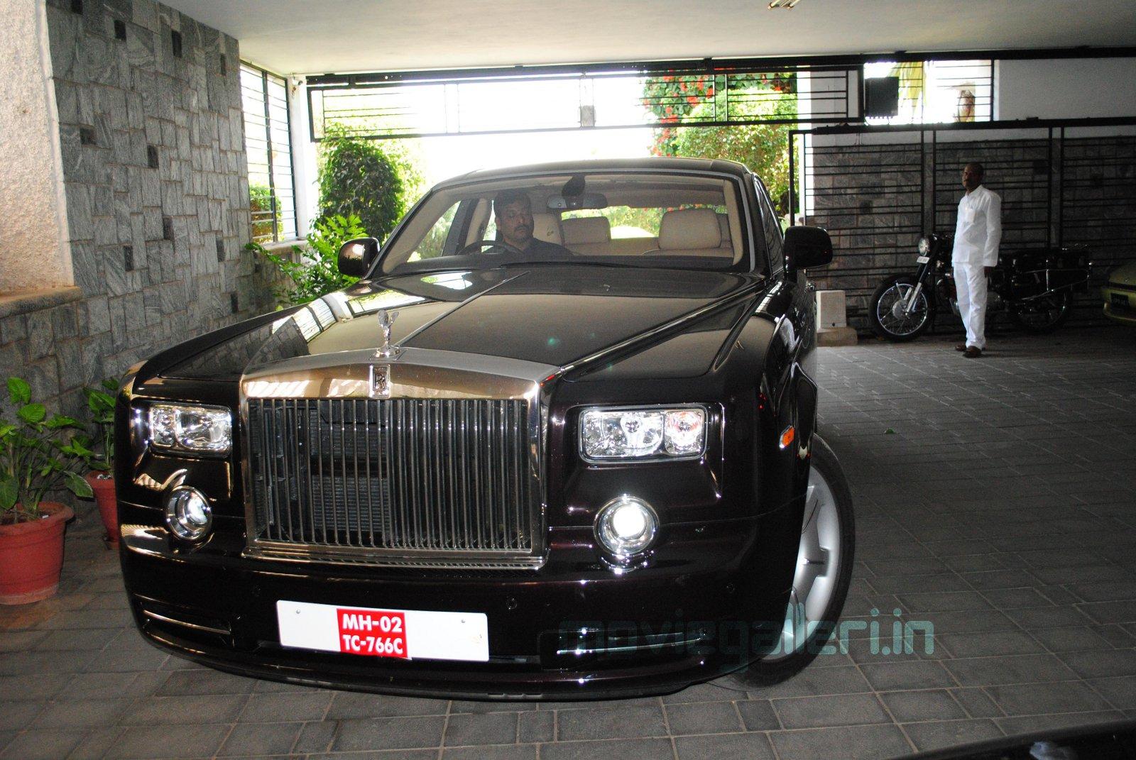 Chiranjeevi New Rolls Royce Car Pics Rolls Royce Pantom