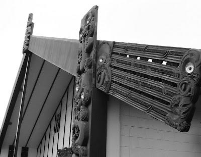 Tekoteko, Maihi and Amo - Pipitea Marae, Wellington