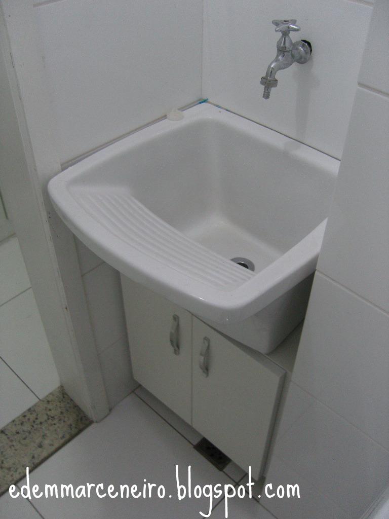 Arm rio sob o tanque de lavar roupas edem marceneiro for Imagenes de lavaderos de ropa