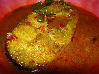 5 Makanan Khas Pekanbaru Adalah Gulai Patin, Roti Canai, Mie Lendir, Ikan Baung Asam Pedas & Asap Selais