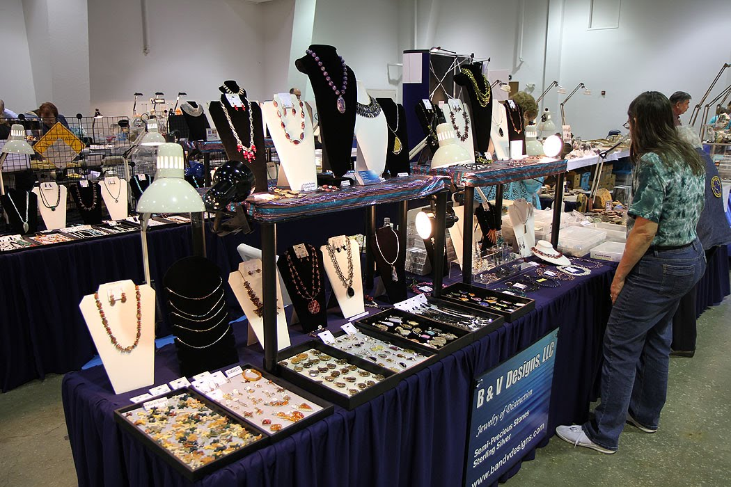 The EMI Production Blog: Dallas Gem & Mineral Show Pictures